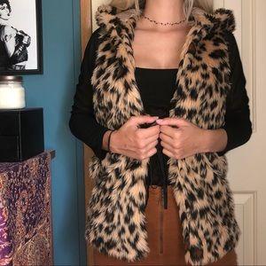 Faux fur hooded cheetah print vest